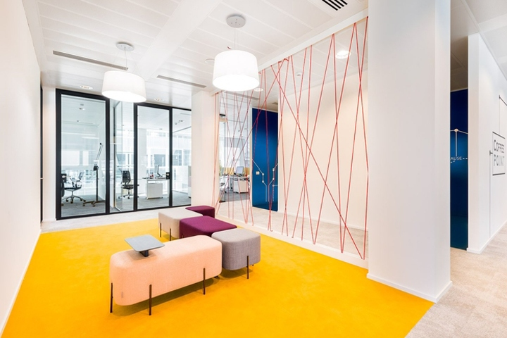 Cofidis italia office by genius loci architettura milan for Office design wellbeing
