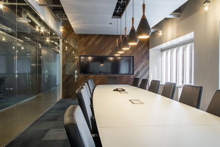 Geneva trading office by earles architects and associates chicago illinois retail design blog - Kempinski head office geneva ...