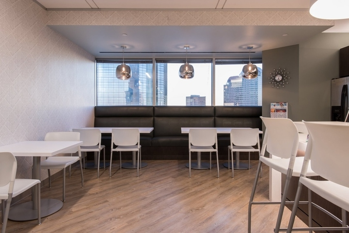 Astonishing Mitsui Ep Usa Office By Mohle Design Houston Texas Retail Largest Home Design Picture Inspirations Pitcheantrous