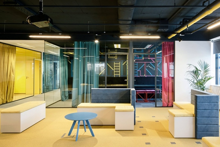 Nanobit office by brigada zagreb croatia retail for Interior design zagreb