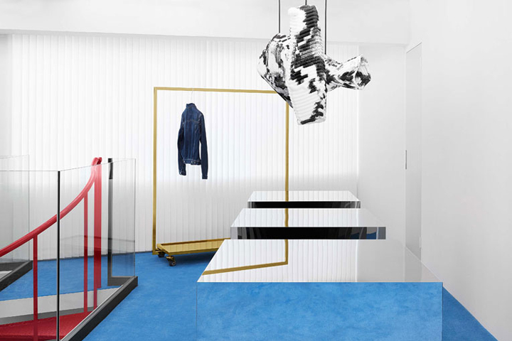 Occupying 70 sqm.  754 sq.ft.  set across the first and second floors of a  modern midrise building, the setting concocted by creative director Jonny  ... 7e87841d4c5