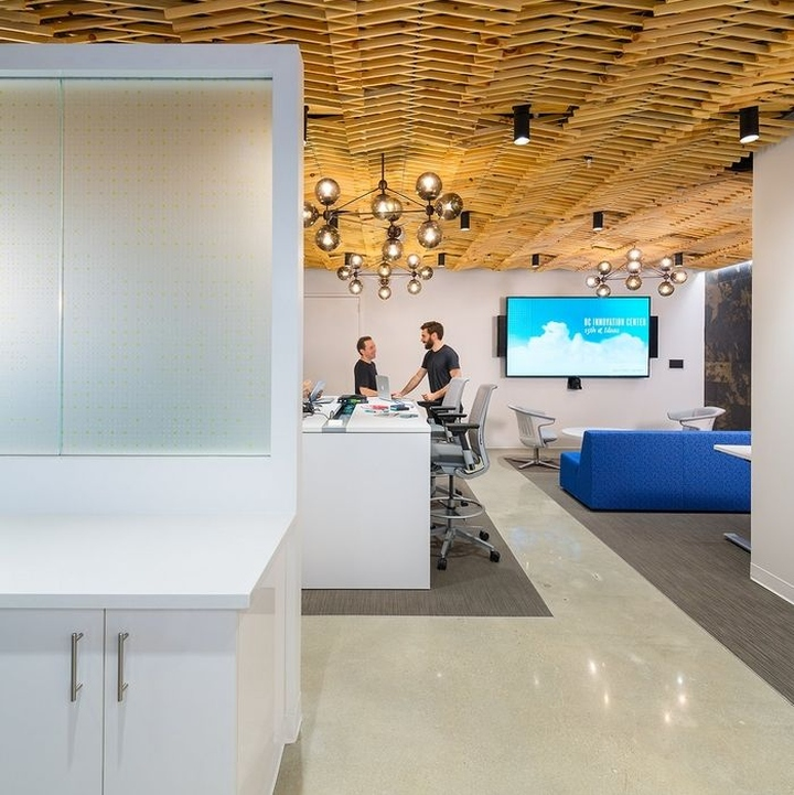 Officesnapshots 2017 03 28 Booz Allen Hamiltons Innovation Center Offices Washington D C