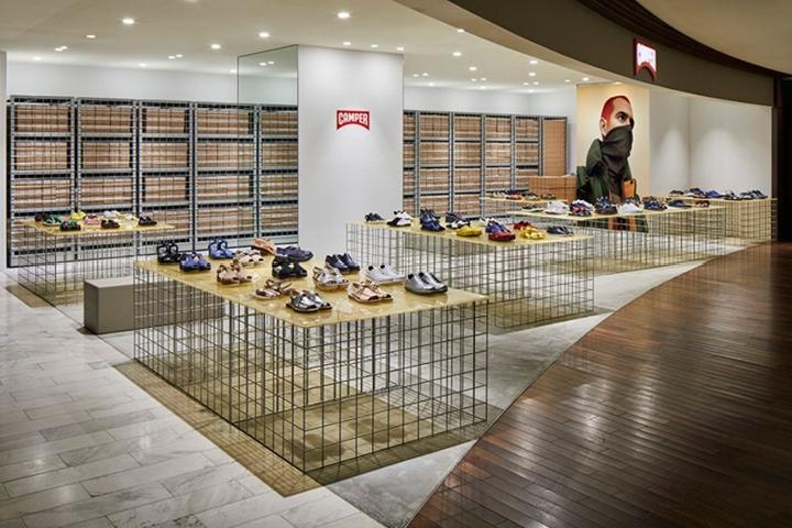 东京Camper鞋店专卖店设计