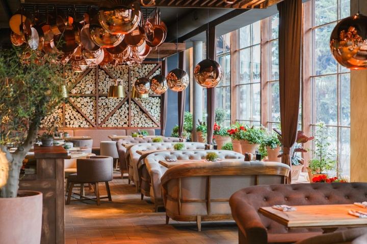 Spezzo italian restaurant by seventh studio kiev