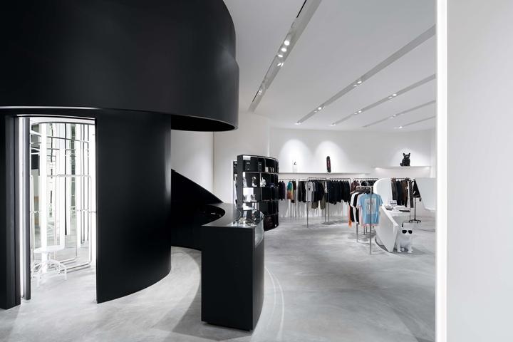 新加坡Surrender服装精品店设计