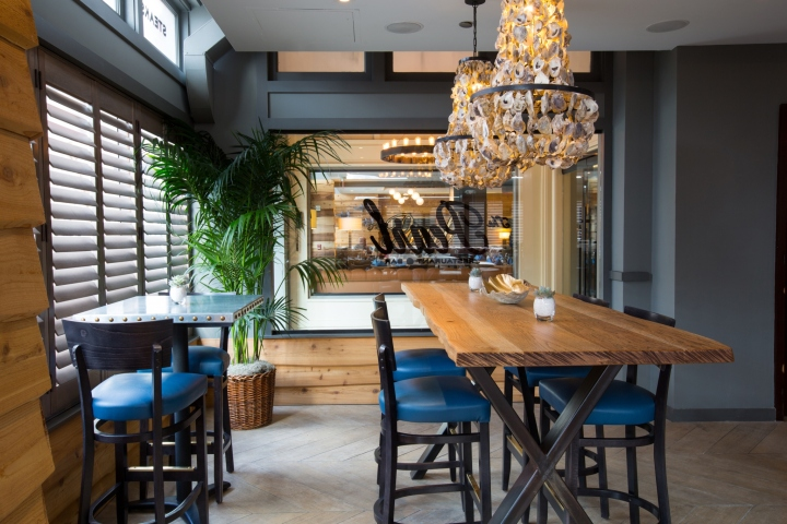 The pearl restaurant bar by h d hospitality design