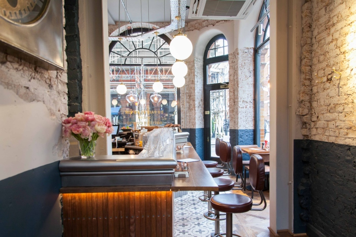 comptoir cafe wine by b3 designers london uk retail. Black Bedroom Furniture Sets. Home Design Ideas