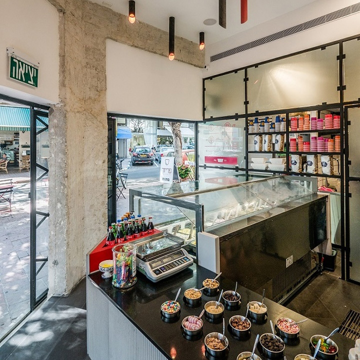 187 Freezer Ice Cream Shop By Sk Designers Amp Housestanding