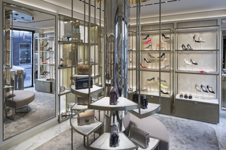 jimmy choo rue st honore store by christian lahoude studio paris france retail design blog. Black Bedroom Furniture Sets. Home Design Ideas