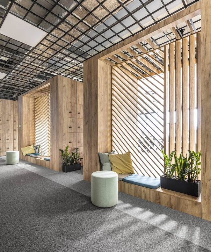 Office space by metaforma pozna poland retail design for Office interior partition design