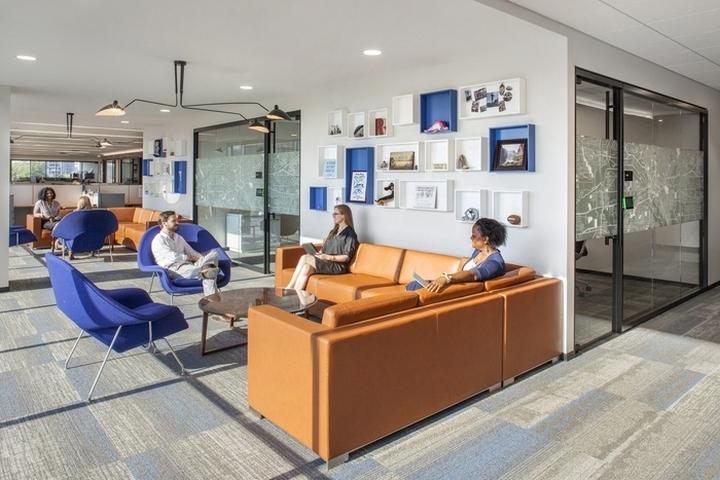 Spirit realty capital office by ia interior architects - Interior design dallas texas ...