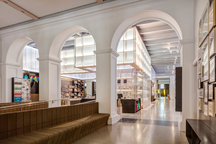 V a museum shop by friend and company london uk for Design companies london