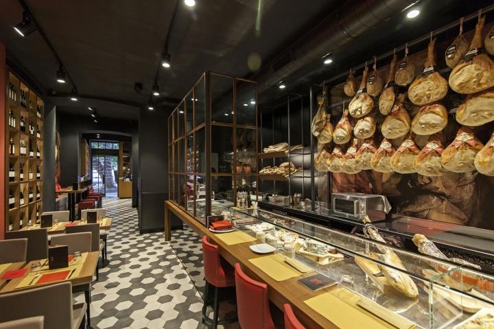 Baccanale restaurant by afa arredamenti roma italy for Tricca arredamenti roma