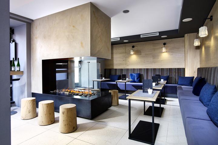 Boutique convention center by meissl architects innsbruck for Design hotel innsbruck