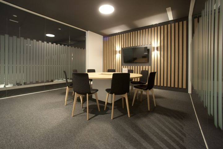 Oficinas para empresa industrial by sube basauri spain - Sube interiorismo ...
