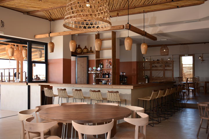Ammos restaurant beach bar by gruppo decorativo