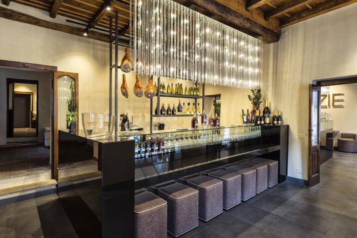 Le zie wine bar by afa pavia italy retail design blog for Arredamenti pavia