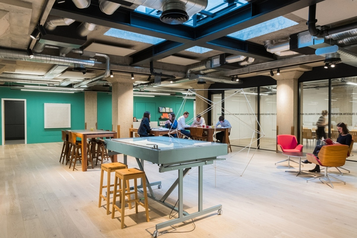Useful Studio Designed The Offices Of Employee Benefit Trust Simple Located In London England This SKA Gold Accredited Fit Out Provides A