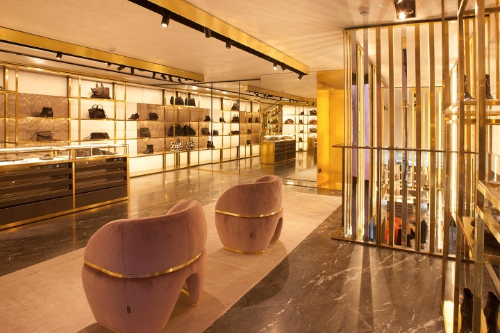 Zita fabiani boutique by marco costanzi roma italy for Arredamenti roma