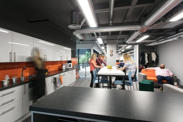 Expd8 office by interaction bristol uk retail design blog for Office design bristol