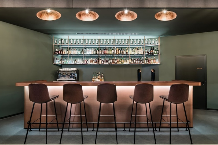 bar eduard s by dittel architekten gmbh stuttgart germany retail design blog. Black Bedroom Furniture Sets. Home Design Ideas