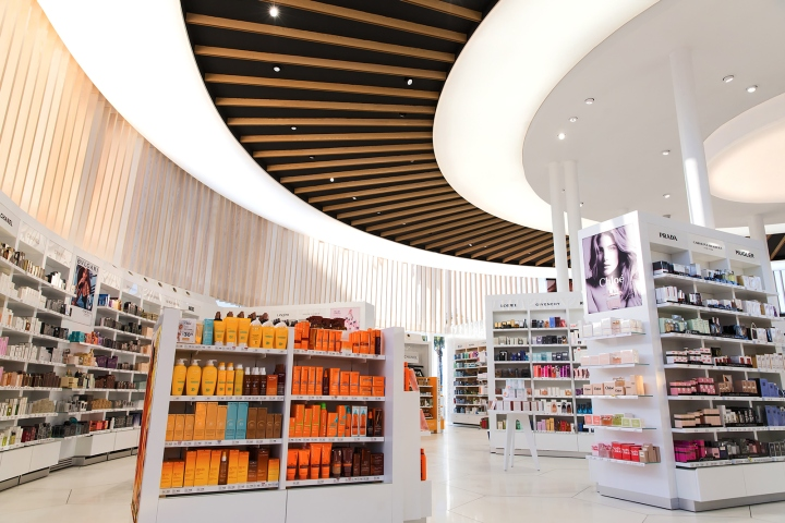 Great Results The Refurbishment Of This Commercial Space Has Meant Not Only Recognition For Brand At All Levels And Presence In Media