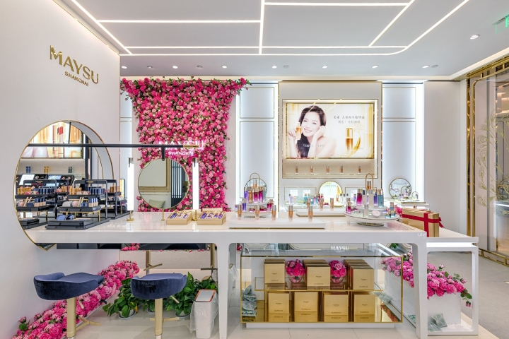 MAYSU Oriental Garden Boutique Store By Design Overlay Xuzhou CHINA Extraordinary Boutique Shop Design Decoration