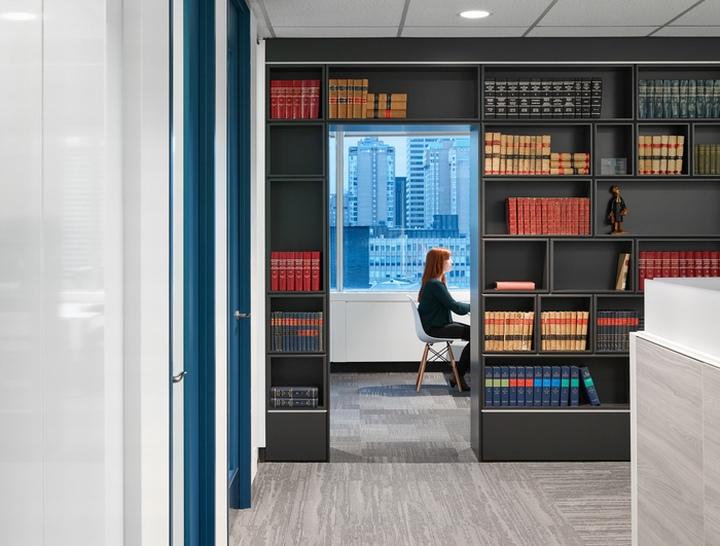 Smart Biggar LLP Offices by SDI Interior Design Toronto Canada