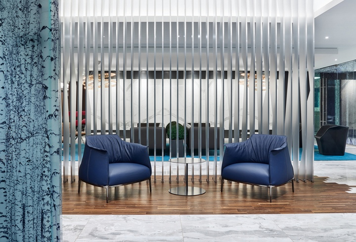 several spacious meeting spaces are also accessed from reception with the waiting area simultaneously providing adequate room for several groups while - Interior Design Groups