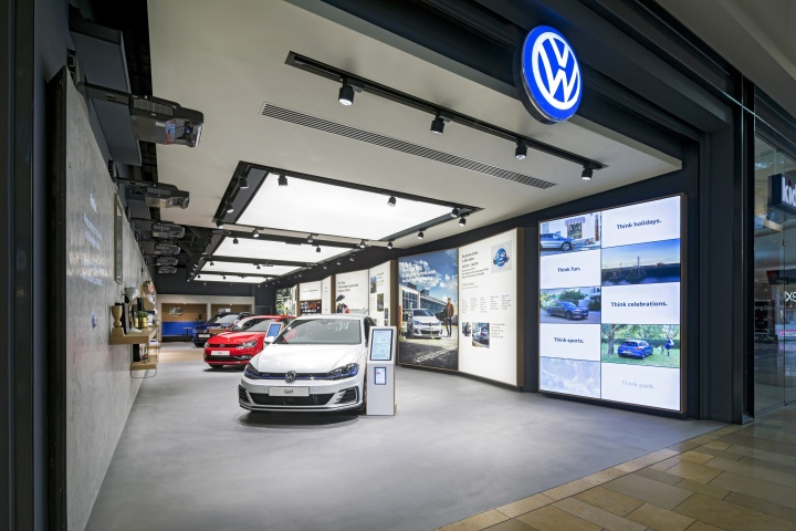 volkswagen showroom  dalziel pow bullring uk