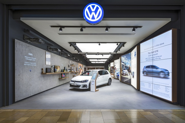 Volkswagen showroom by dalziel pow bullring uk for Car showroom exterior design