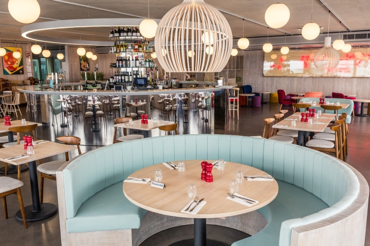 187 British Airways I360 S Restaurant By Marks Barfield