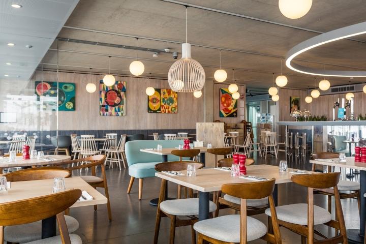 187 British Airways I360 S Restaurant By Marks Barfield
