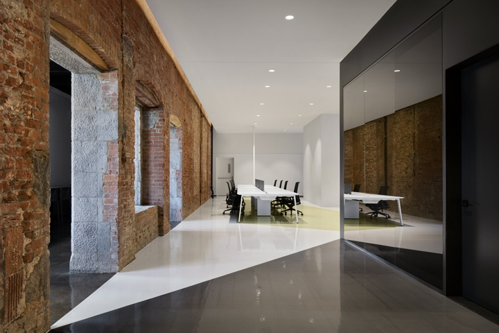 Lightspeed Office By ACDF Architecture Montreal Canada