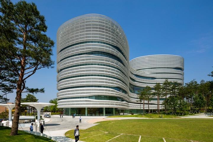 CJ Blossom Park, South Korea