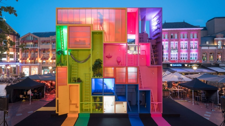 futuristic hotel by mvrdv at dutch design week 2017 eindhoven the netherlands retail design. Black Bedroom Furniture Sets. Home Design Ideas