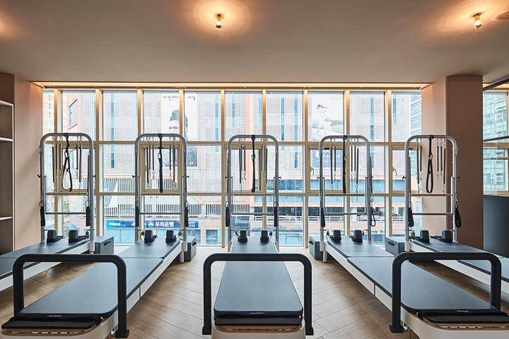 Pilates the balance studio by vonsung studio seoul for Design hotel korea