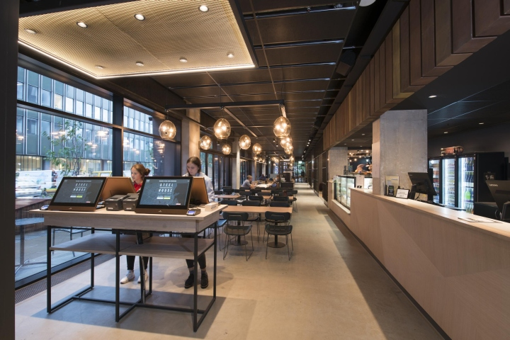 Steel house luxury hostel by duncalf copenhagen denmark for Design boutique hotels copenhagen