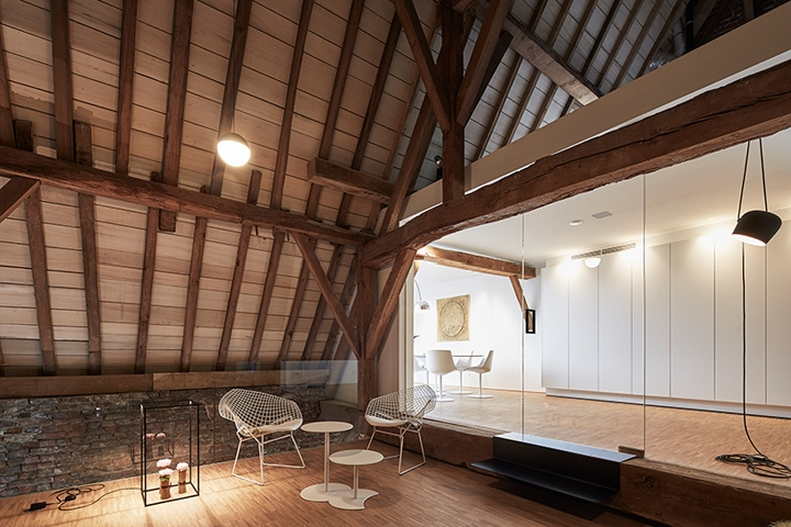 collaborative office space. Klaarchitectuur Has Completed \u0027the Waterdog\u0027, A Renovation Project Which Saw Historic Chapel In Belgium Transform Into Collaborative Office Space. Space L