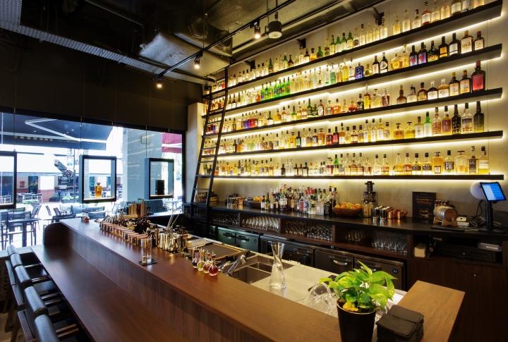 La maison du whisky by ielo design singapore retail - La maison du designer ...
