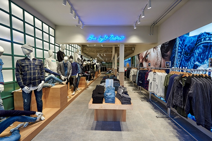 "713cdabd040 Only Stores has recently opened their first standalone ""SONS"" shop in  Denmark. This is located in Herning's main shopping street. This cool 200  m2 store has ..."