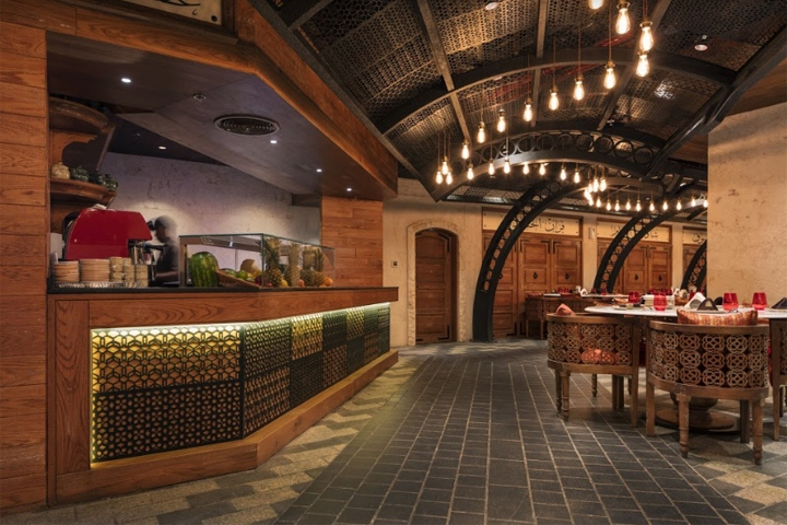 The restaurant interior design will be most likely comparable to the traditional alleys of old damascus all these elements enhance and reflect the ancient