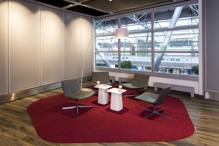 conference center at airport d sseldorf by kitzig interior design d sseldorf germany retail. Black Bedroom Furniture Sets. Home Design Ideas