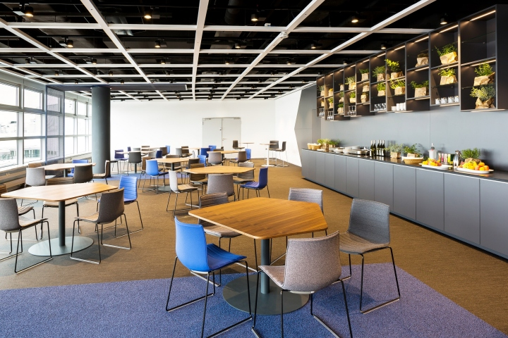 conference center at airport d sseldorf by kitzig interior. Black Bedroom Furniture Sets. Home Design Ideas