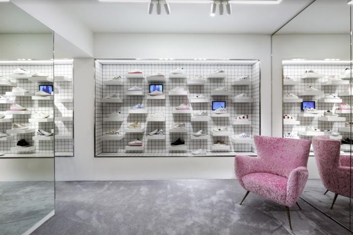 商业空间设计|意大利Maximilian Luxury时装店设计