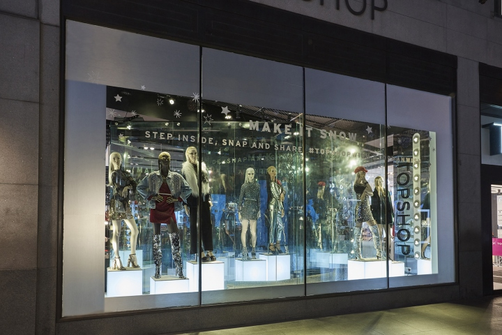 5c3513fcb2 Lucky Fox has worked with Topshop and Topman to transform their flagship  London windows into an interactive customer experience for Christmas 2017.
