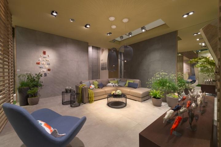 Origami installation by novoceram for cersaie 2017 for Design hotel franken