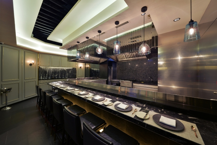 Takumi by daisuke mori restaurant by mas studio ltd hong for Mobilia qatar
