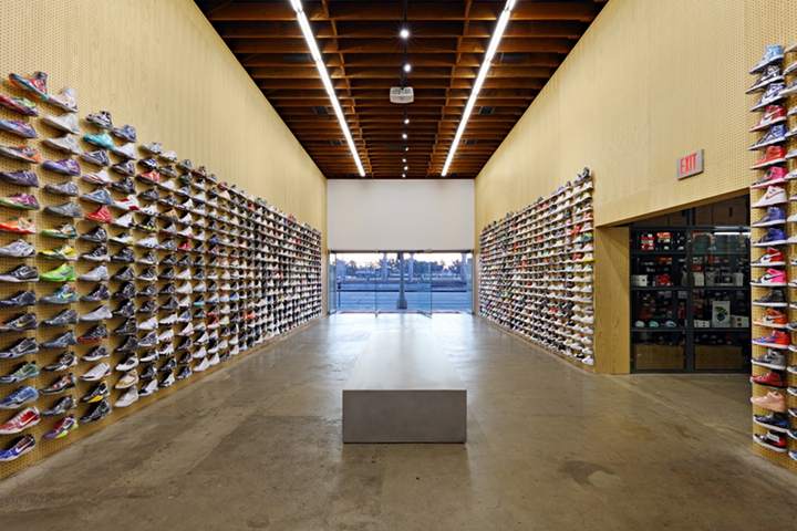 Flight club sneaker store by slade architecture los - Interior design school los angeles ...