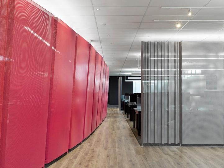 sgs offices by johnson chou toronto canada retail design blog. Black Bedroom Furniture Sets. Home Design Ideas